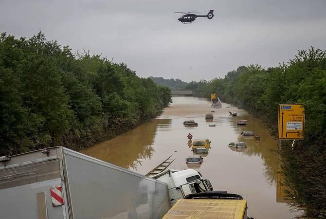 Photo of Немецкий язык едва ли знает слова для описания причиненных разрушений: Меркель о последствиях наводнения