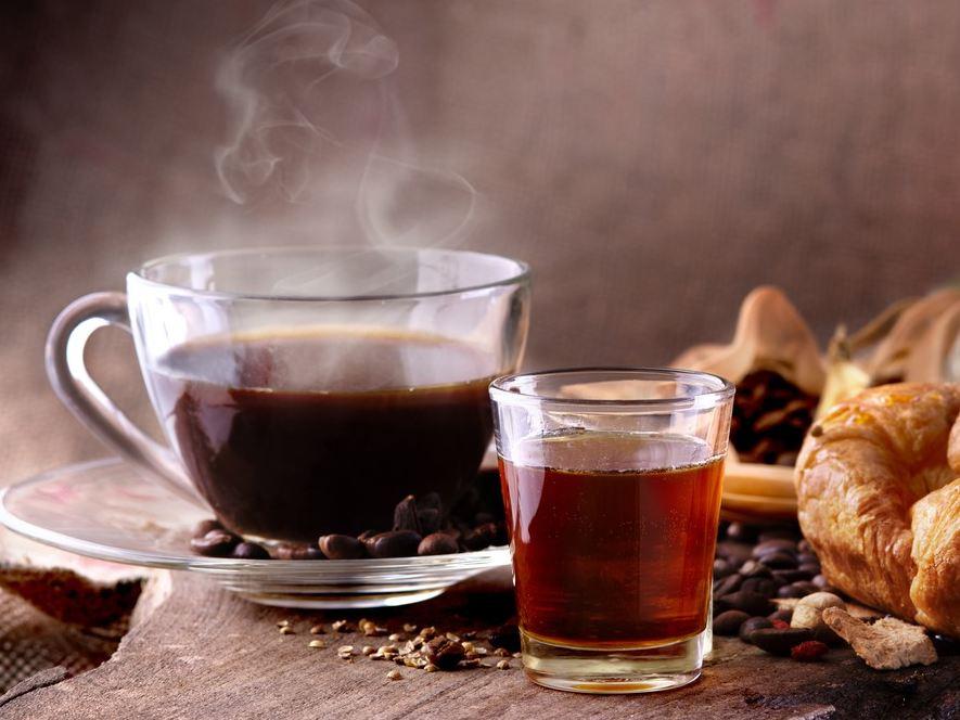 Photo of Исследование объяснило воздействие кофе и чая на коронавирус