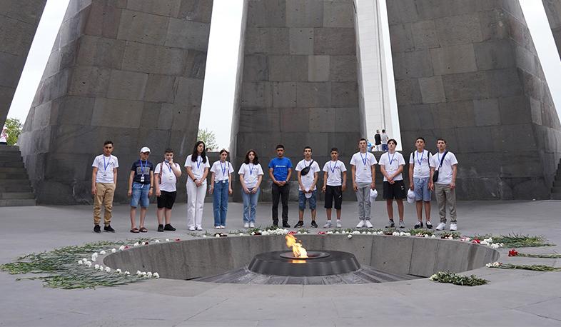 Photo of «Քայլ դեպի տուն» ծրագրի մասնակիցներն այցելել են Հայոց ցեղասպանության զոհերի հուշահամալիր, Խոր Վիրապ, Մատենադարան և այլ վայրեր