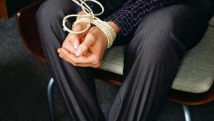 Photo of Ռեստորանի աշխատակցին ստիպել են ընկղմվել հորում առկա կղանքի մեջ. 3 անձի մեղադրանք է առաջադրվել՝ մարդու առևանգման համար