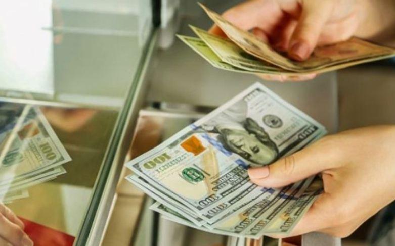 Photo of Դոլարի փոխարժեքը նախօրեի համամետ աճել է՝ հասնելով 496 դրամի. ԿԲ