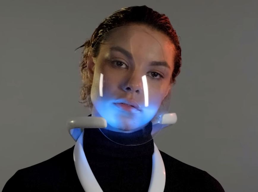 Photo of Ստեղծվել է անհատական օդորակիչ, որը կարելի է կրել դիմակի նման եւ շնչել ֆիլտրման համակարգով անցած օդը