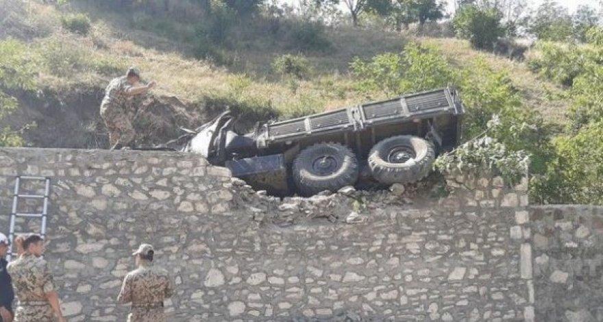 Photo of «Урал», перевозивший азербайджанских военнослужащих, перевернулся
