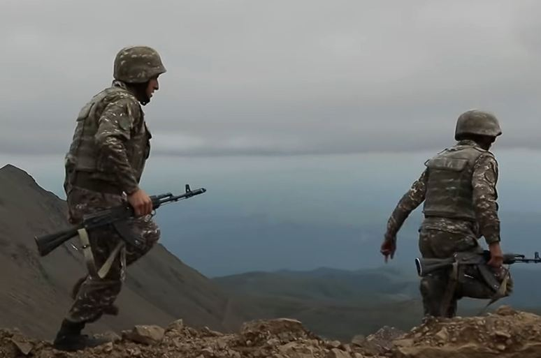 Photo of Ադրբեջանական ԶՈՒ ստորաբաժանումները հարձակում են ձեռնարկել հայ-ադրբեջանական սահմանի հյուսիս-արևելյան ուղղությամբ տեղակայված հայկական դիրքերի ուղղությամբ