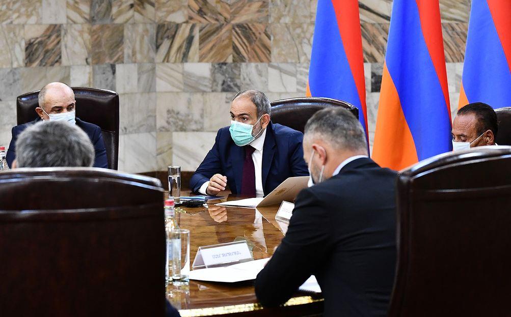 Photo of Состоялось первое заседание Консультативного собрания с участием Пашиняна и глав внепарламентских политических сил