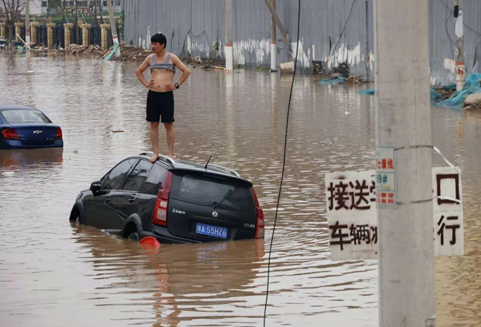 Photo of Число жертв наводнения в китайской провинции Хэнань выросло до 99