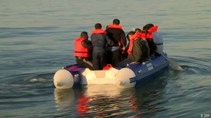 Photo of Десятки мигрантов и беженцев спасены у берегов Франции