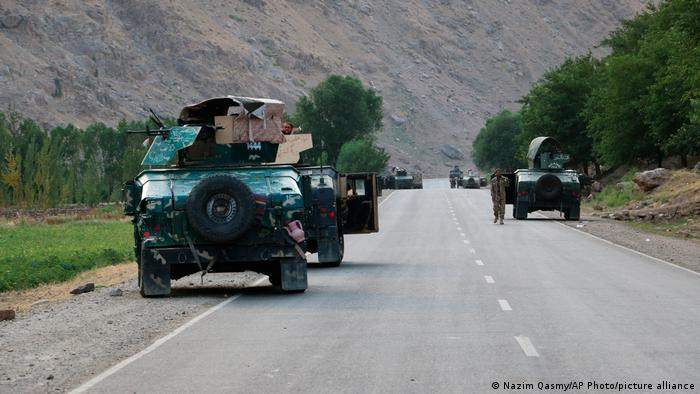 Photo of В Таджикистан от талибов за ночь бежали свыше 1000 афганских военных