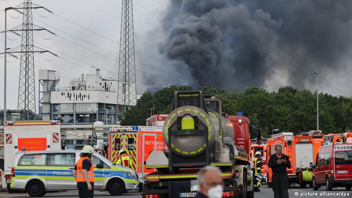 Photo of Գերմանիայում քիմիական գործարանում տեղի ունեցած պայթյունի հետեւանքով տուժել է 16 մարդ, 5-ը անհետ կորել են