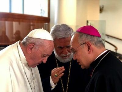 Photo of Արամ Ա Կաթողիկոսը Վատիկանում հանդիպել է Հռոմի պապին