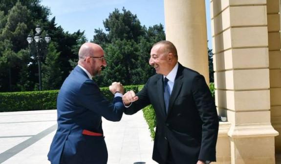 Photo of ԵՄ-ն կարող է օգնել հայ-ադրբեջանական սահմանի սահմանազատմանը փորձագետների մակարդակով. Միշել