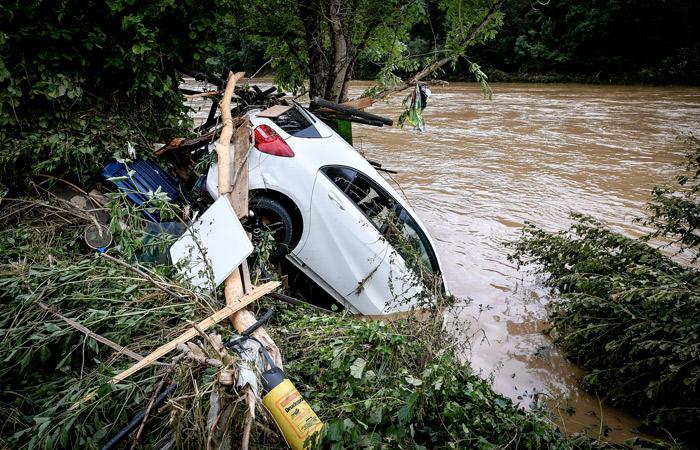 Photo of Более 80 человек погибли в Германии из-за наводнения