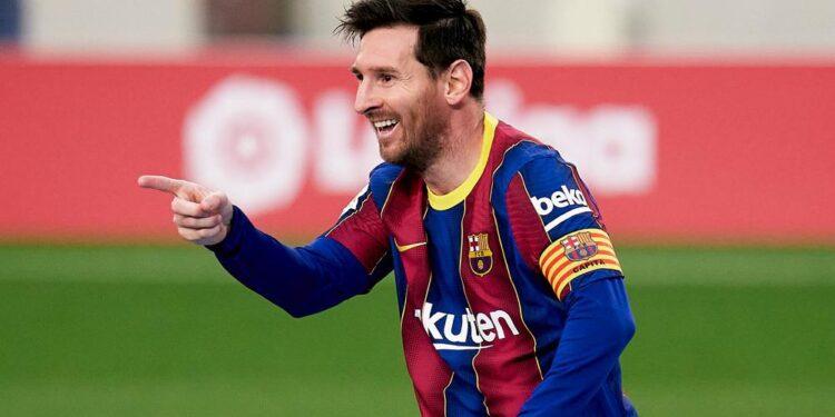 Photo of Մեսսին մնում է Բարսելոնայում․ Լա Լիգան թույլատրել է ակումբին գրանցել խաղացողին