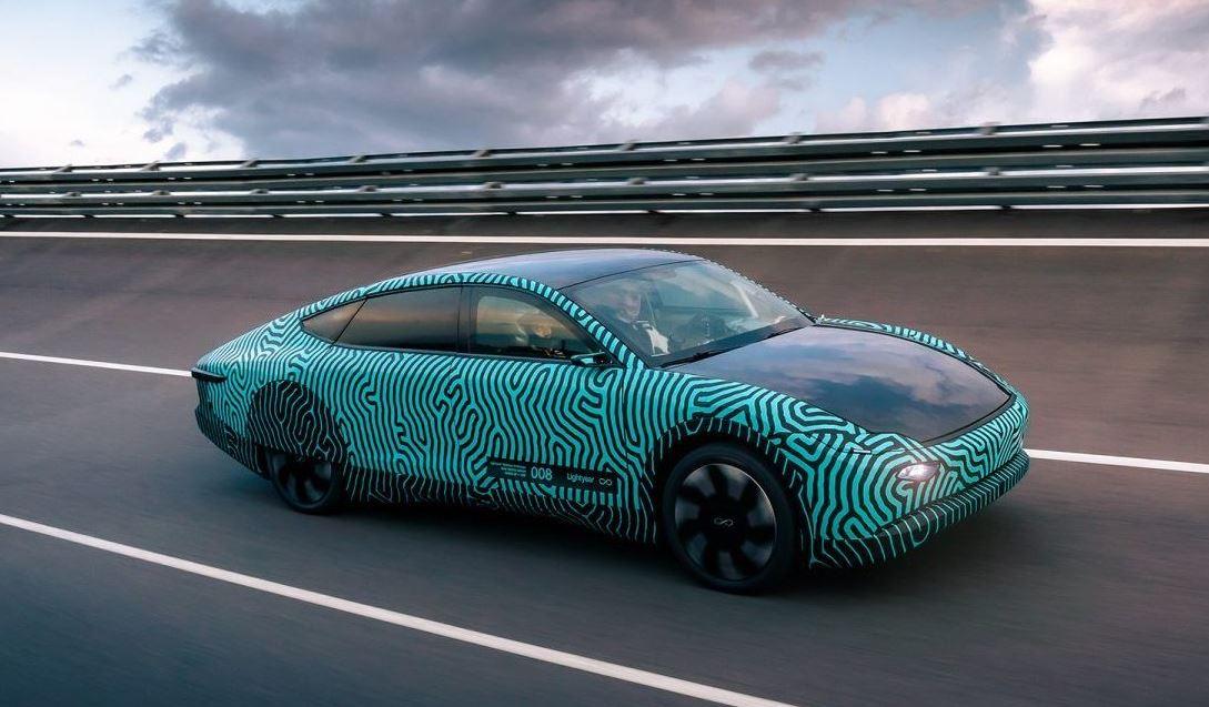 Photo of Прототип автомобиля на солнечных батареях Lightyear проехал около 710 км на одной зарядке