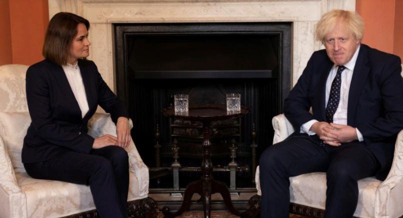 Photo of Британский премьер Борис Джонсон встретился со Светланой Тихановской
