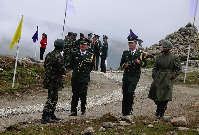 Photo of В районе Тибета установили горячую линию между армиями Индии и Китая