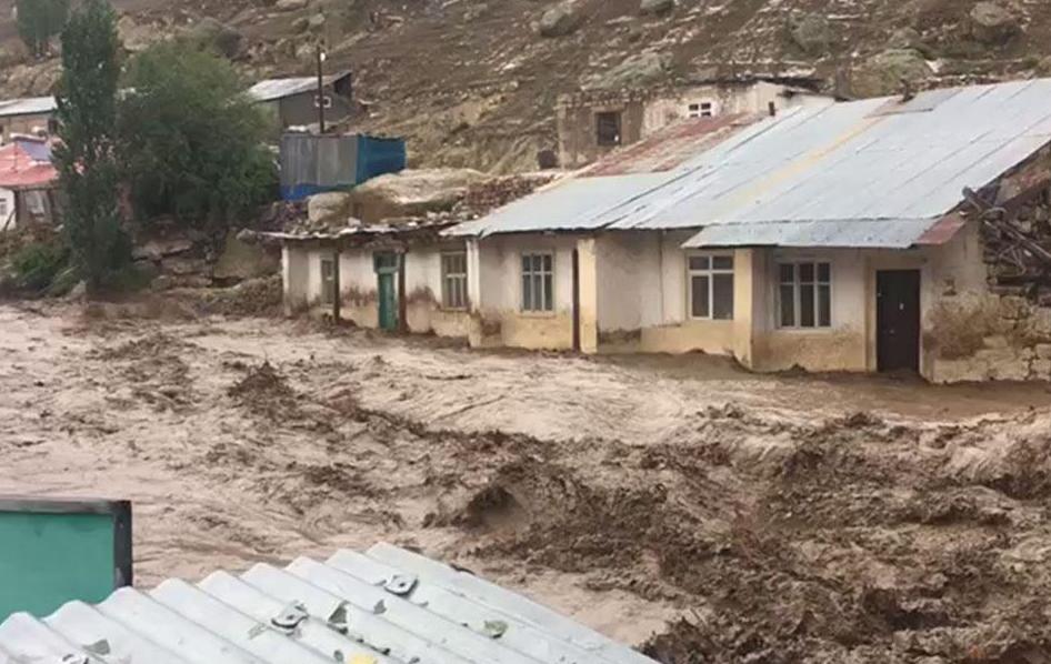 Photo of Կարսի եւ Արդահանի շրջաններում եւս հեղեղումներ են. կան ավերածություններ