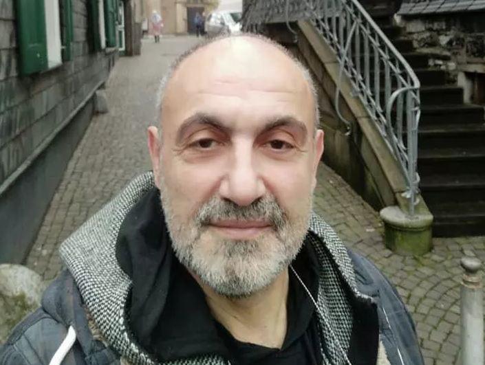 Photo of Актер из «Кухни» и «Ворониных» Артур Диланян умер во время спектакля