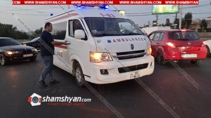 Photo of Երևանում բախվել են շտապօգնության մեքենան ու BMW-ն