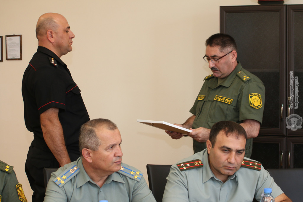 Photo of ԶՈւ ԳՇ զորքերի ծառայության վարչության պետը տվել է համապատասխան հրահանգներ