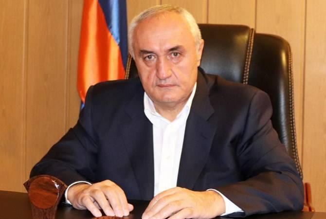 Photo of Արարատի մարզպետ Ռազմիկ Թևոնյանը հրաժարական է տվել