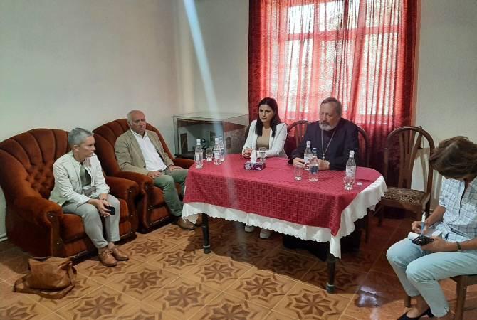 Photo of Արցախի ՄԻՊ-ը ֆրանսիական կազմակերպությանն է ներկայացրել 44-օրյա պատերազմի ժամանակ հայկական հոգևոր-մշակութային ժառանգության դեմ իրագործված վանդալիզմը