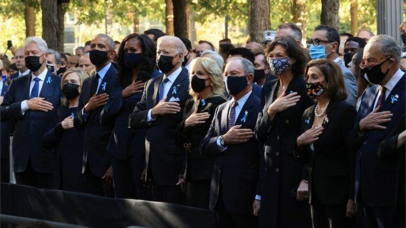 Photo of «Башни света» и «Волны флагов». Как США поминают жертв терактов 11 сентября