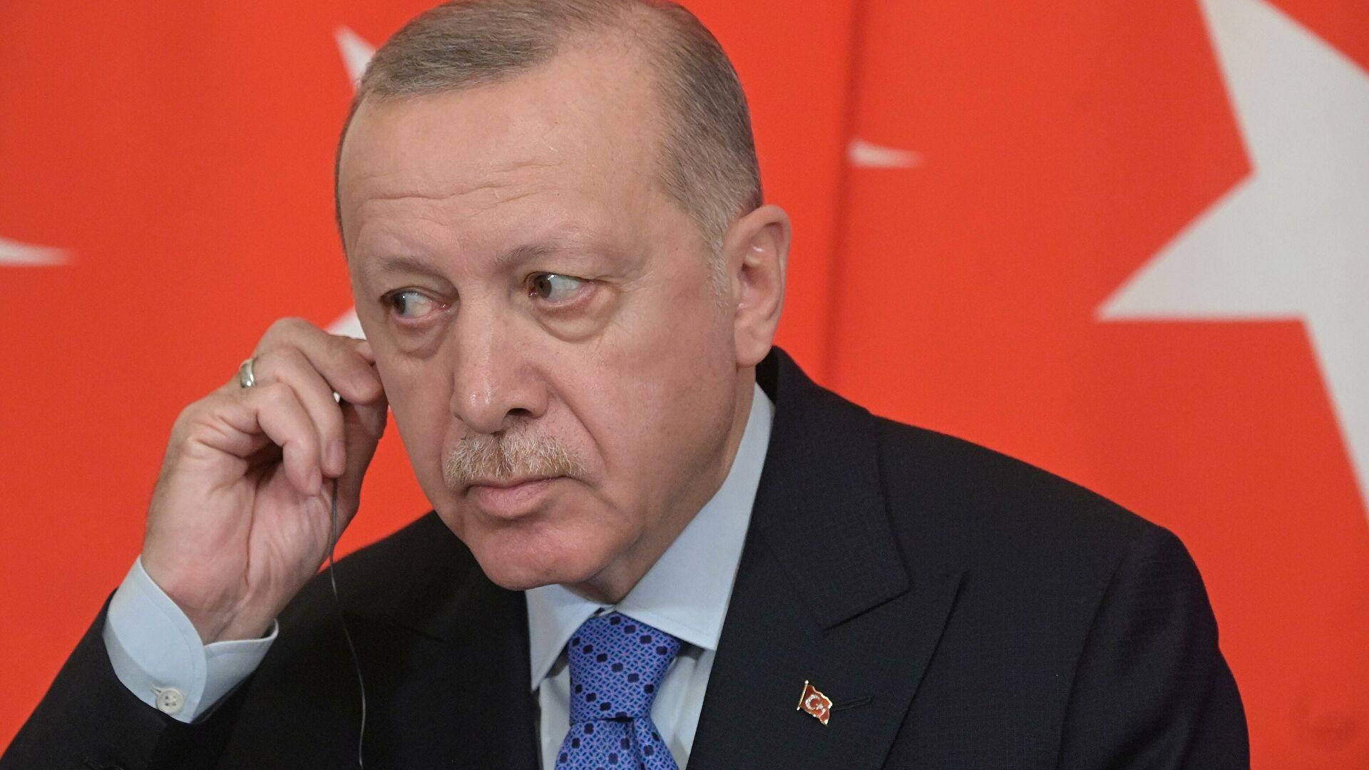 Photo of Греческий политолог предупредил о риске предательства Эрдогана после встречи с Путиным