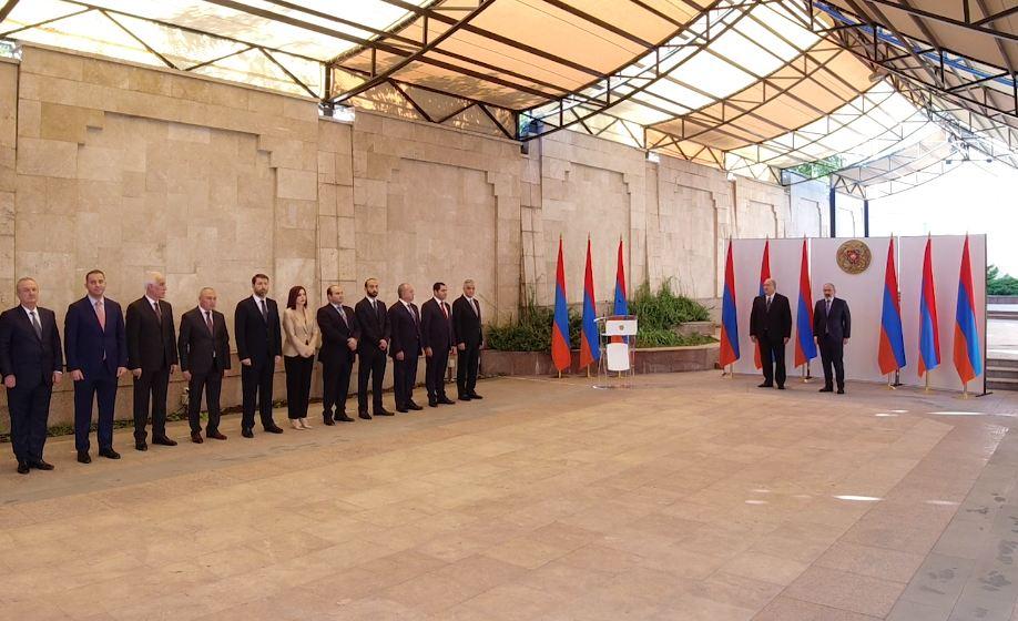 Photo of Состоялась церемония принесения клятвы членами правительства Армении