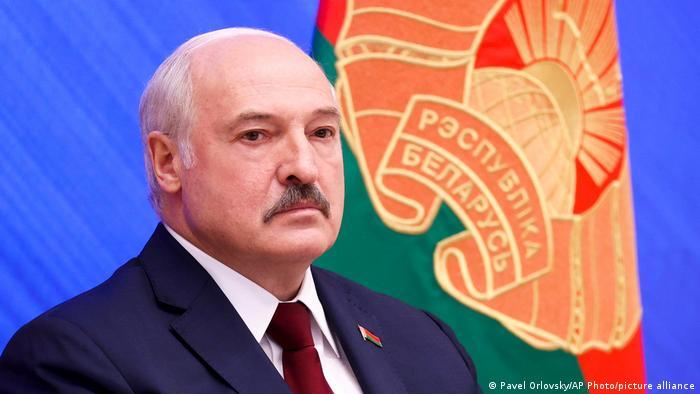 Photo of 13 вместо 100: кого и почему помиловал Лукашенко в Беларуси