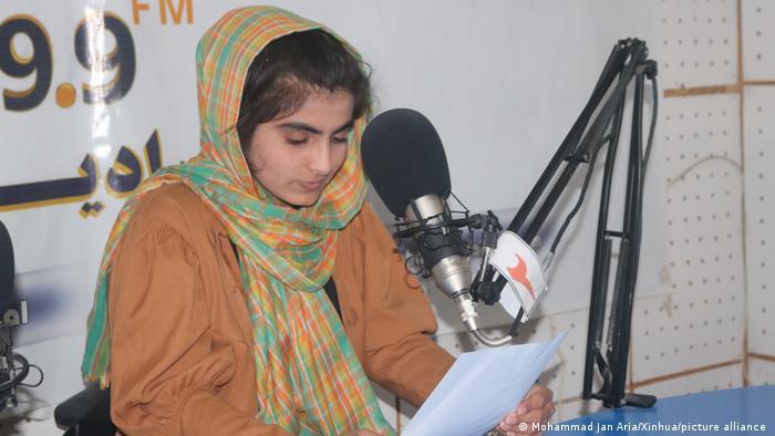 Photo of Более 100 афганских журналистов попросили о помощи