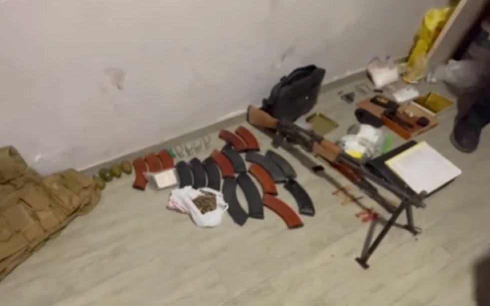 Photo of Երևանում մեծաքանակ թմրամիջոց և զինանոց է հայտնաբերվել