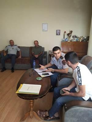 Photo of Ոստիկանները ֆեյսբուքյան գրառման համար այցելել են պատերազմի մասնակցի տուն