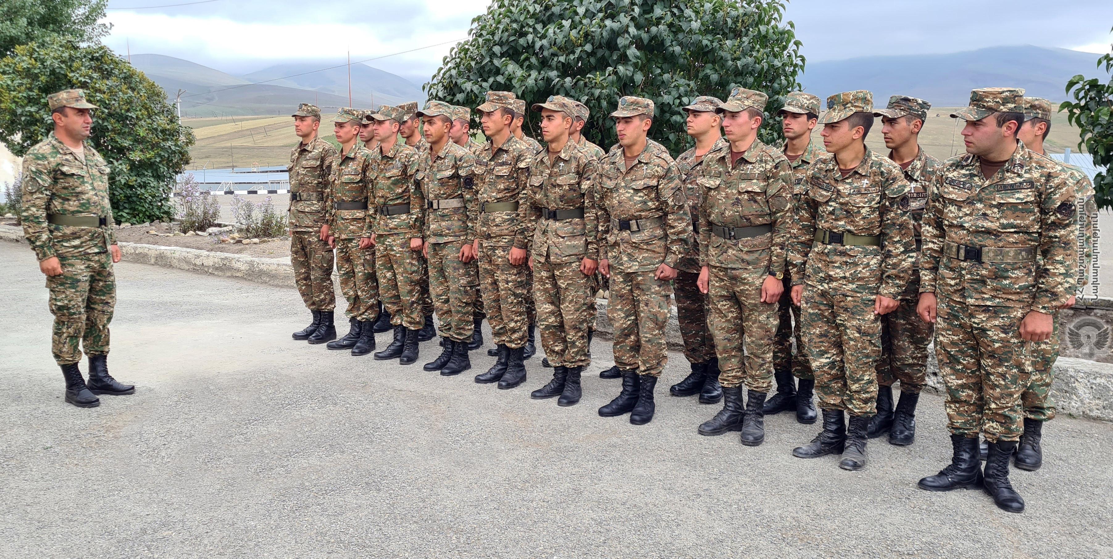 Photo of В воинских частях и на боевых позициях республики проведены проверки