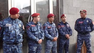 Photo of Обыск в штабе блока «Аруш Арушанян» в Горисе: полиция заблокировала вход в здание
