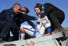Photo of Спасатели помогли киноэкипажу покинуть спускаемый аппарат «Союза»
