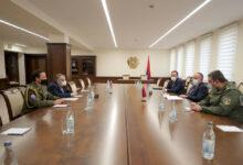 Photo of Обсуждены вопросы двустороннего армяно-чешского сотрудничества в оборонной сфере
